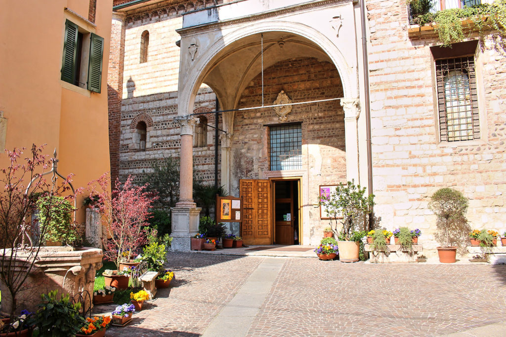 Chiesa di San Lorenzo, Verona