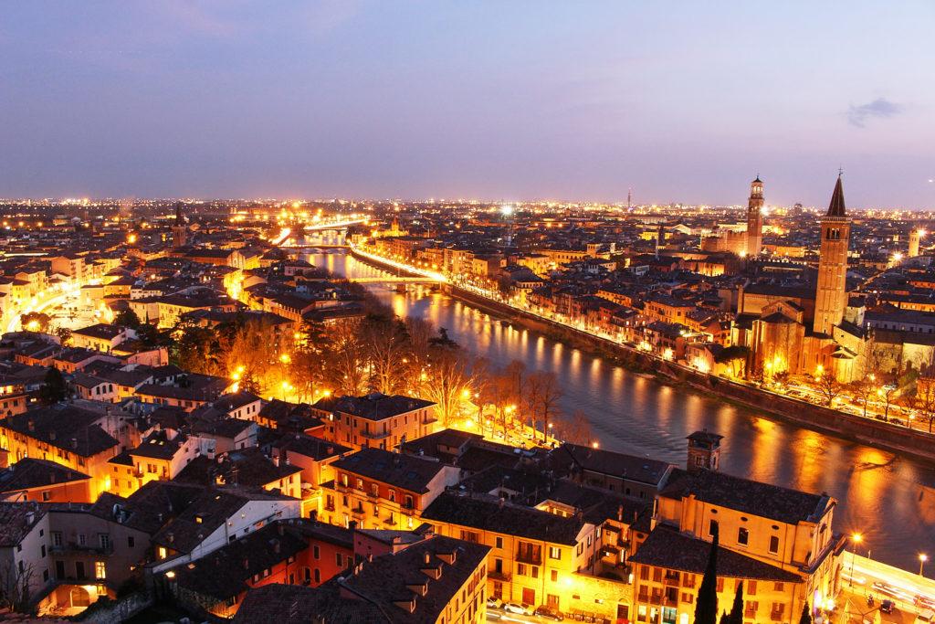 Piazzale Castel San Pietro, Verona